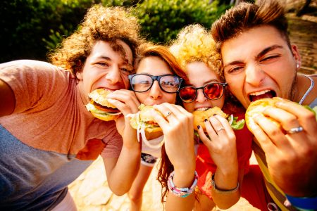 Raise the age limits for junk food advertising